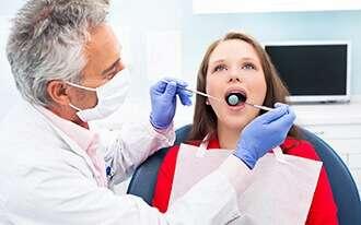 """השתלות שיניים - לנכי צה""""ל"""